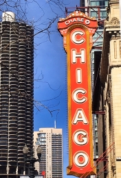 The Chicago Theater (175 N State St)